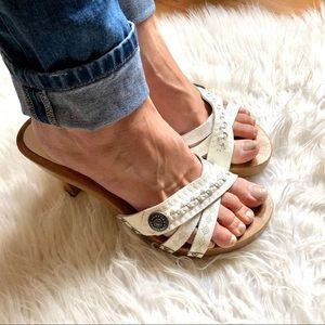 Mia Wooden clog shoe leather strappy sandal white